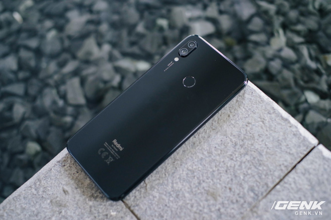 Trên tay Redmi Note 7 chính thức tại Việt Nam: camera 48MP, màn hình giọt mưa, giá từ 4 triệu đồng - Ảnh 1.