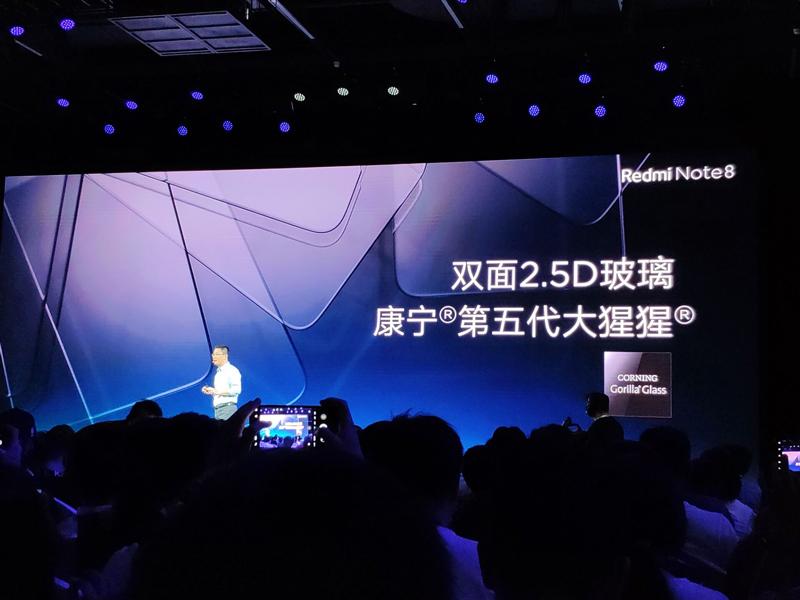 """redmi-note-8-pro-ra-mat-1 Redmi Note 8 và Redmi Note 8 Pro ra mắt: 4 camera, """"sinh ra để chơi game"""", giá từ 3.2 triệu"""